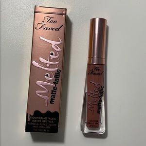 Too faced Mayte Lipstick